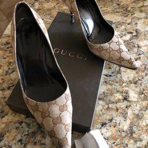 Gucci heels size 6.5